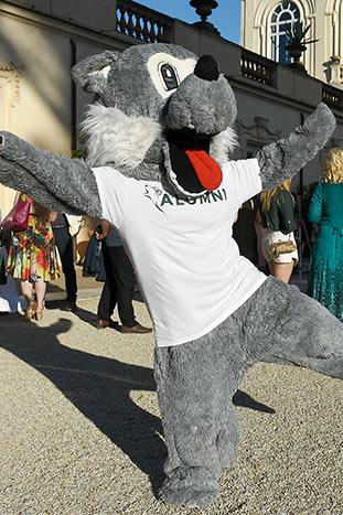 Wolfie at the AUR Alumni Reunion